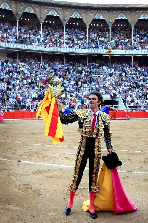 Resultado de imagen de barcelona y los toros