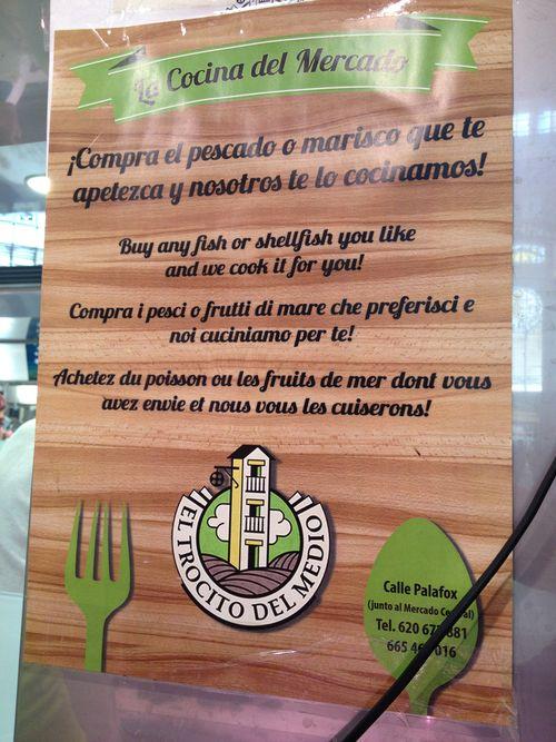 Cartel expuesto en varias paradas del Mercado Central de Valencia