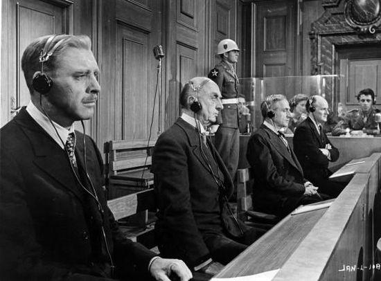 Vencedores-o-vencidos-el-juicio-nuremberg-obr-L-Ocfb6y