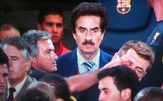 Mourinho mete el dedo en el ojo a Vilaanova, en agosto de 2011