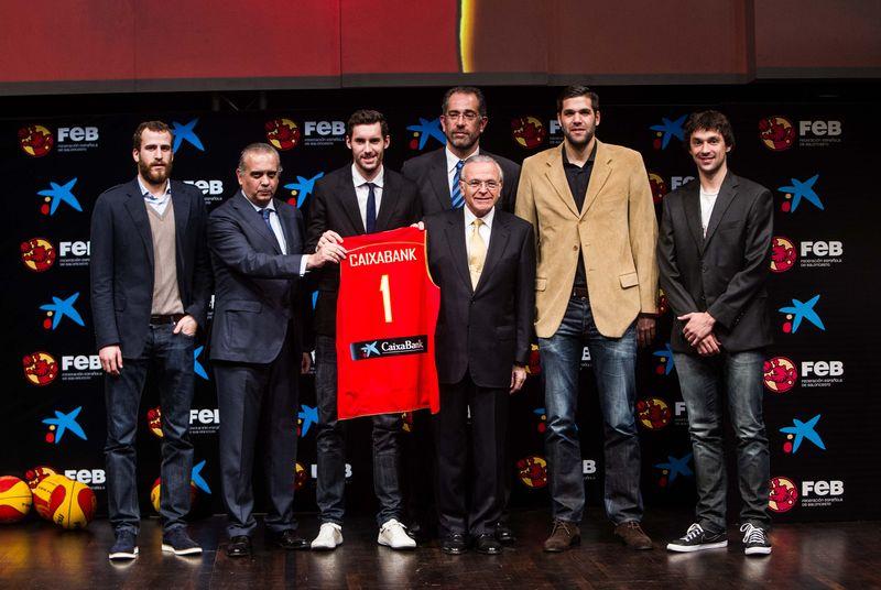 Isidro Fainé y José Luis Saéz con la Selección