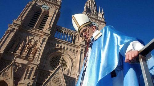 Francisco-papa-vaticano-20081005-18-size-598