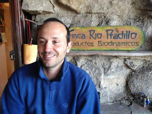 Alfredo Burgos, antiguo ejecutivo de Microsoft, que ejerce de panadero en la Finca Rio Pradillo