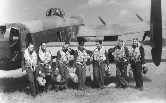 JACINTO bomber-command-cre_2261407k