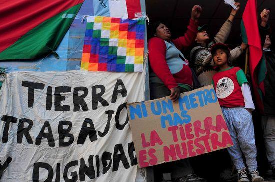Movilizacion por el asesinato de Miguel Galvan del Movimiento Nacional Campesino Indigena Mocase Via Campesina