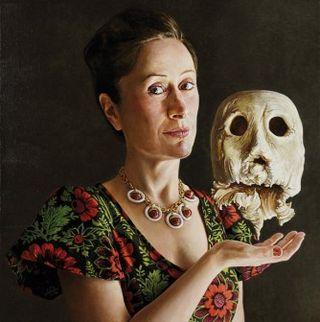 Aramburu Teresa con calavera paranormal