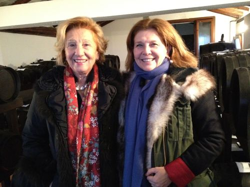 Nicoletta Negrini y su madre María Santa propietaria de una acetaia familiar