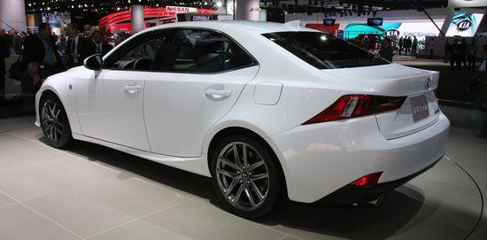 Lexus IS / Newspress