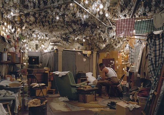 Jeff_wall_after_invisible_man