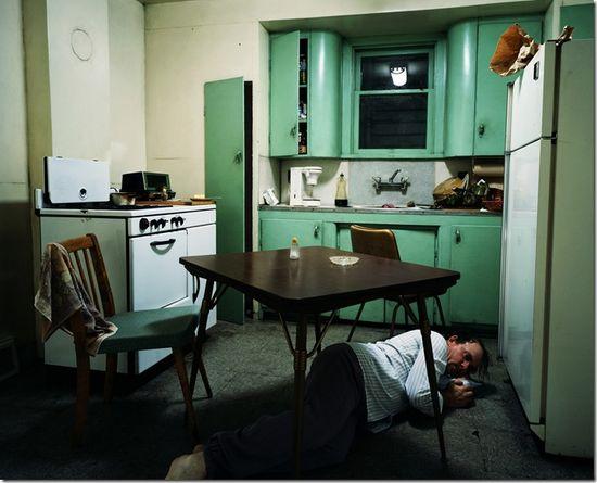 Jeff wall_Insomnia,1994_thumb[3]