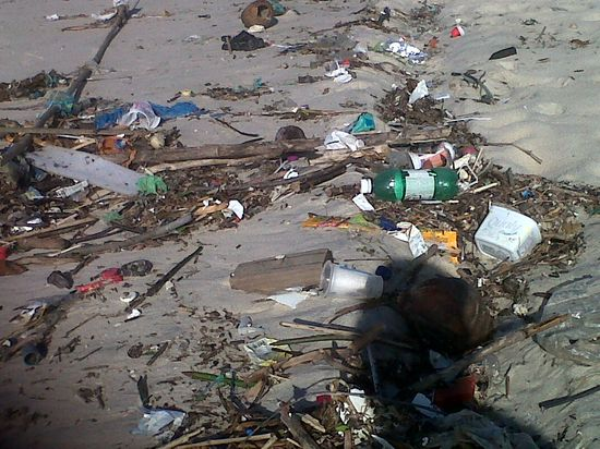 Playa de Saquarema con resaca