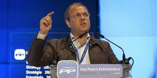 Jose-Antonio-Monago-durante-transcurso-XII-Congreso-Regional-populares-extremenos