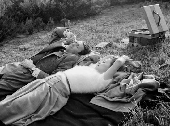 James Stewart and Olivia de Havilland. 1940. John Swope Trust