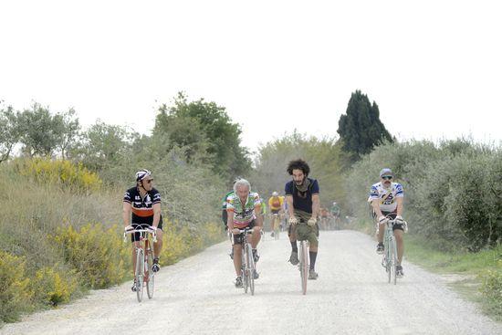 Un momento de L'Eroica durante la última edición de la carrera. Foto de Bito Cels.