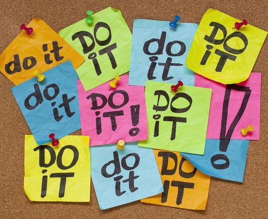 Saltos de tarea en tarea en la vida de los procrastinadores