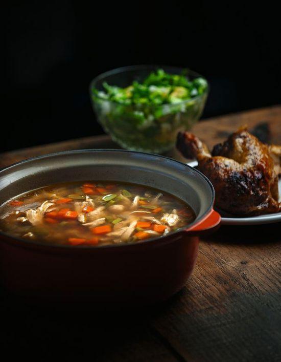 Sopa pollo asado