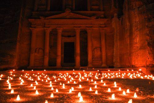 Petra de noche 1
