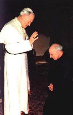 ARRUPE con Juan Pablo II