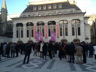 Perspectiva exterior del Gildhall Art Gallery, ayer a las 19,30, antes de comenzar el acto