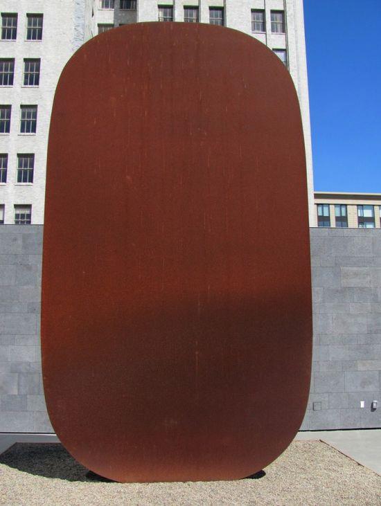 Modern-art-desert-07-600x797