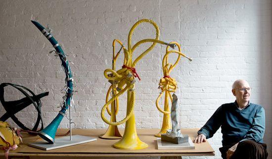 Oldenburg en su estudio foto Todd Hesler NYT