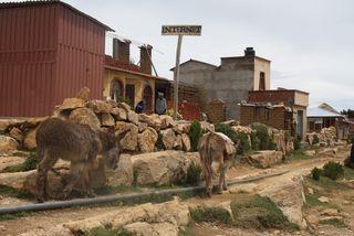 Un establecimiento con conexión a Internet en el lago Titicaca (Bolivia).
