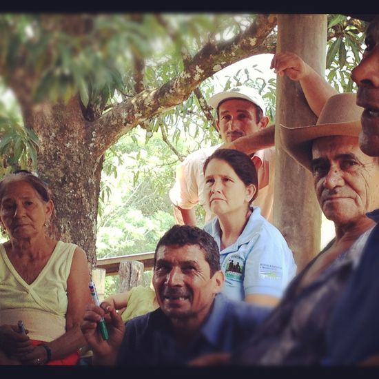 Formación de familais campesinas por la FAO en El Salvador