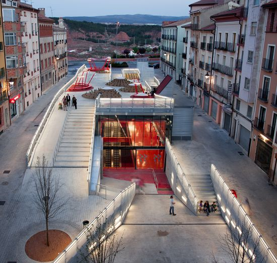 015 04 2012 Plaza Teruel Mi5 Pkmn