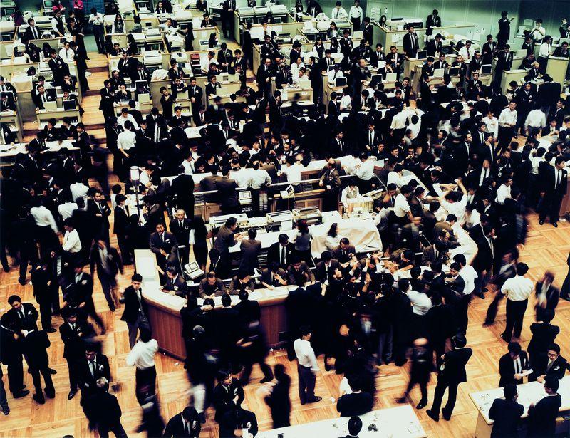 LOT 27,Gursky - Tokyo Stock Exchange