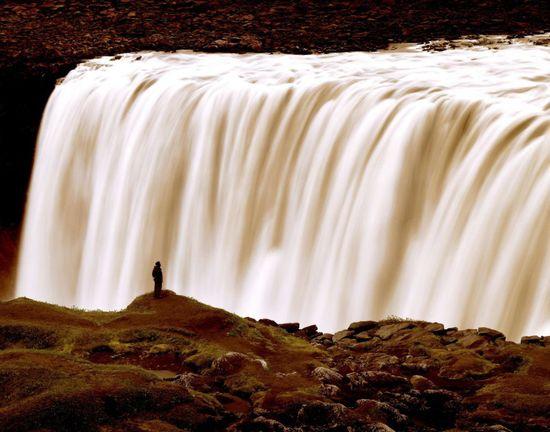 La cascada de Dettifoss, en Islandia,la más caudalosa de Europa  GIOVANNI SIMEONE