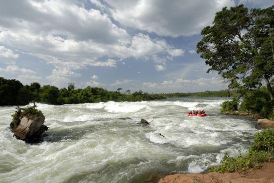 Rafting cerca de las cataratas de Itanda, en el Nilo, Uganda Robert Harding