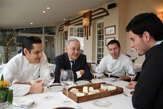 Con la familia Loya en el restaurante Real Balneario de Salinas