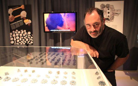 Golan Levin y las piezas del Free Universal Construction Kit