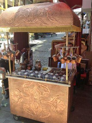 Carritos habituales en las calles de Estambul, más frecuentes en la zona asiática.