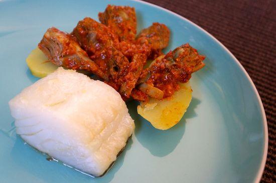 Bacalao con alcachofas y patatas