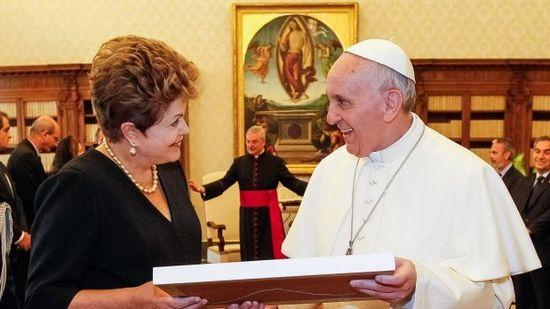 El papa y Dilma