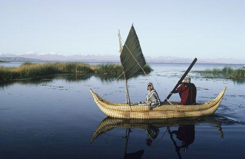 Pescadores en el lago Titicaca (Bolivia). / Frans Lemmens