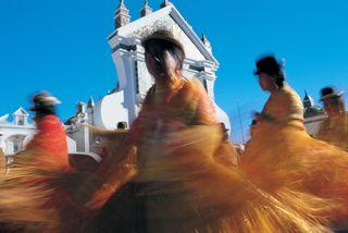 Baile tradicional en Copacabana (Bolivia) / Peter Adams