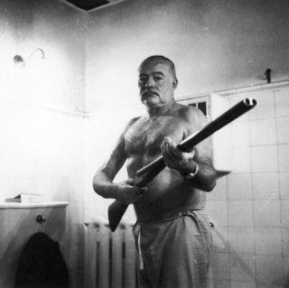 Ernest con escopeta