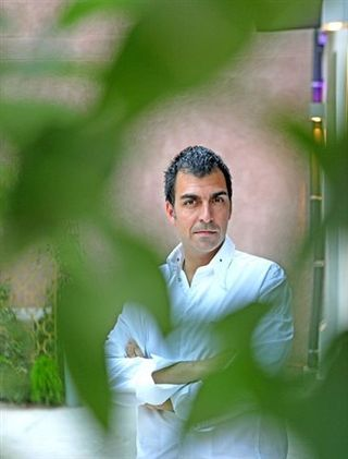 Ramón Freixa en su restaurante en Madrid