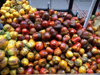 Chontaduros asados y frescos, frutas con un poder nutritivo excepcional