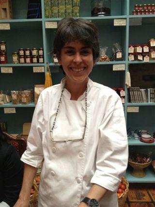 Luz Beatriz Vélez, propietaria de Abastos, cocinera que se abastece de productores colombianos