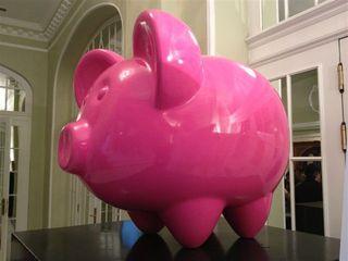 Escultura diseñada para la ocasión por el famoso artista Demo  www.demoartist.com