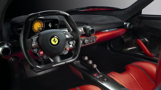 Ferrari LaFerrari puesto de conducción