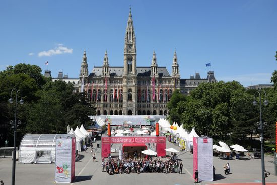 Velo-city-2013_Conference-Family-Photo. Créditos: Wien Event_Fürthner