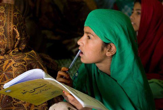 GirlPakistan_SavetheChildren