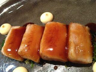 Papada de cerdo ibérico en salsa teriyaki