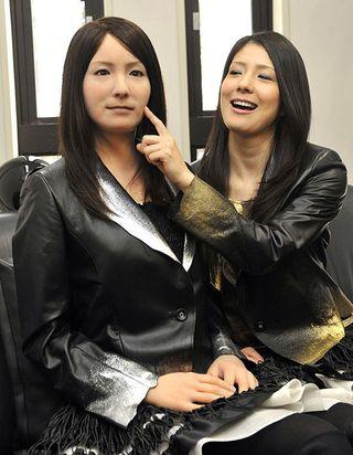 El inquietante Geminoide de Hiroshi Ishiguro