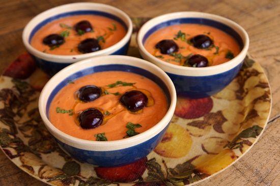 Sopa fria tomate y cerezas