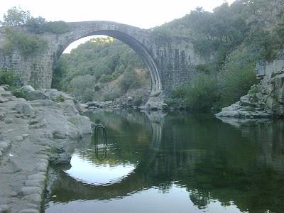 Puente Viejo Garganta de Alardos